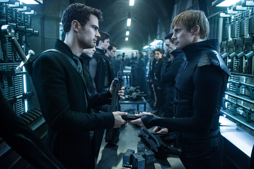 Underworld 5: Blood Wars : Bild Theo James