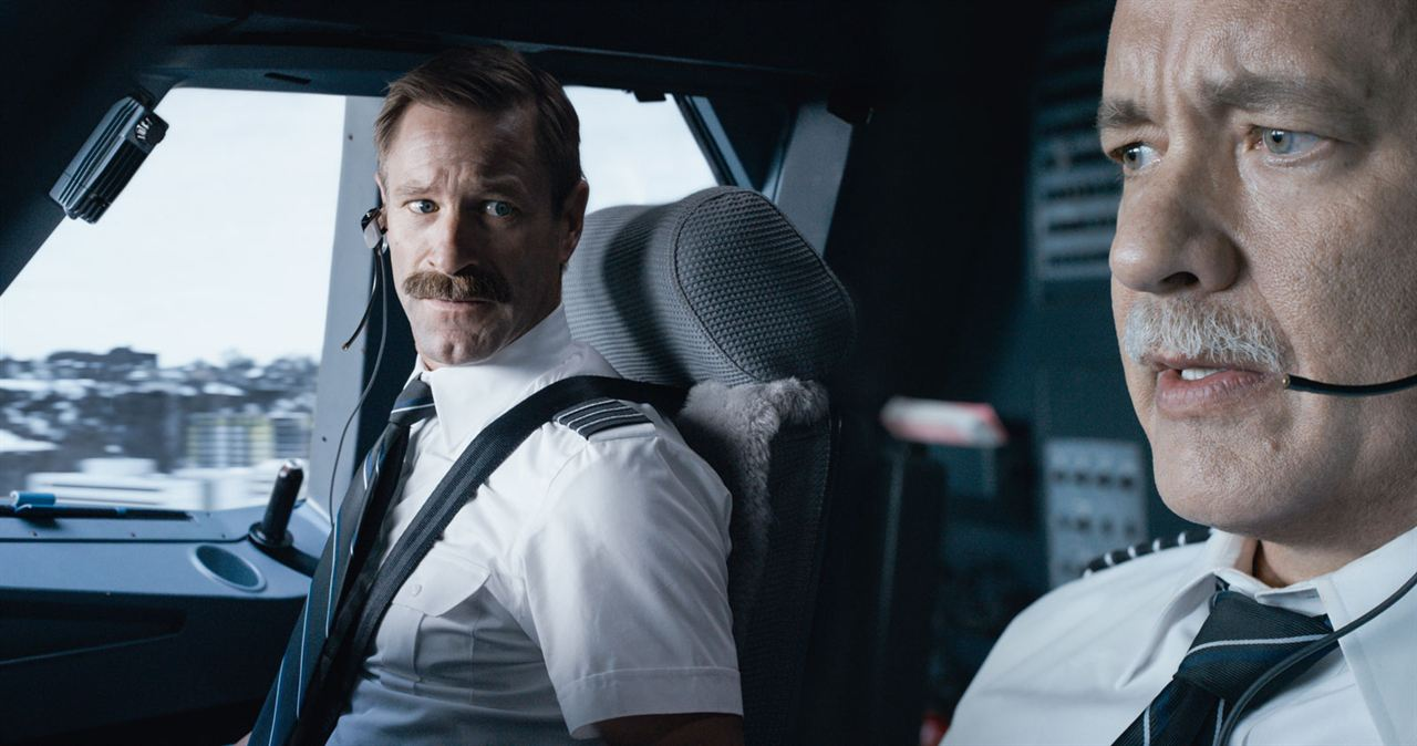Sully : Bild Aaron Eckhart, Tom Hanks