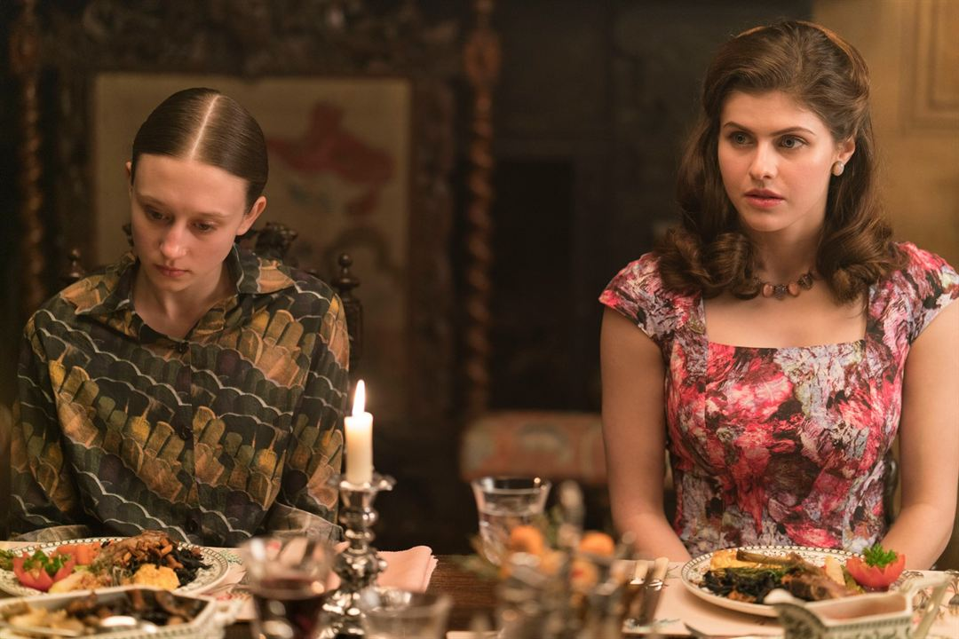 We Have Always Lived In The Castle : Bild Alexandra Daddario, Taissa Farmiga